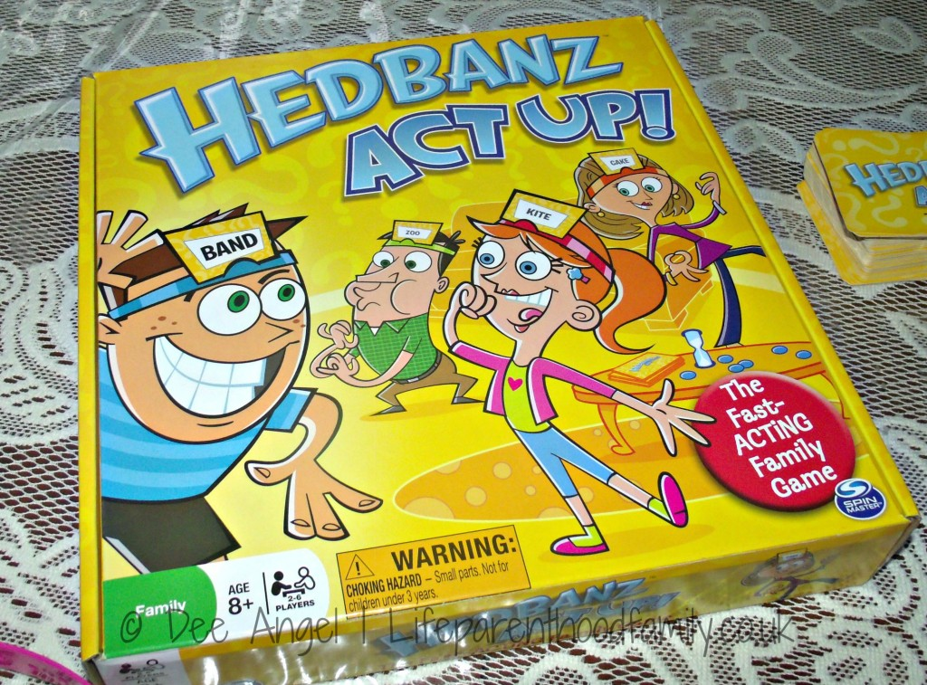 Hedbanz Act Up Game| Lifeparenthoodfamily.co.uk